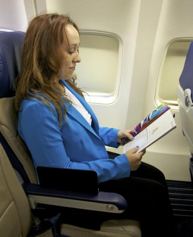 how to sleep on a plane