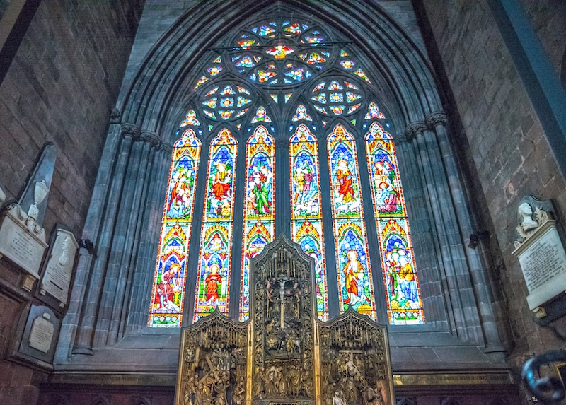 carlisle cathedral stained glass window